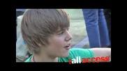 Джъстин Бийбър се бъзика На Живо - Justin Bieber - One Time Live!