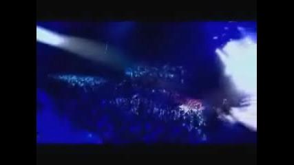 Avril Lavigne - Dont Tell Me (Paris Live)