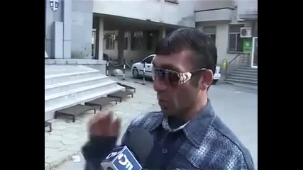 Разкошен циганин дава интервю