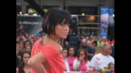 New !!! Rihanna - Disturbia 2008
