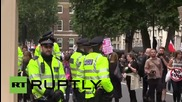 UK: Ruptly producer forced to stop filming after threats from the 'Black Bloc'