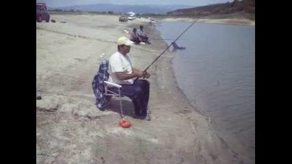 много смях в златица, пак урок по риболов