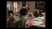Malcolm In The Middle - Hal Wakes Up Late