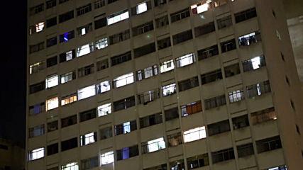 Brazil: Sao Paulo residents stage noisy lockdown protest against Bolsonaro