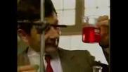 Mr. Bean В Лабораторията