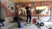 И след 40, не е късно да започнете да тренирате. Упражнение мъртва тяга