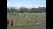 Футболен мач на деца