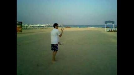 Барман Тренира На Плажа