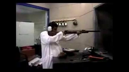 Училище за терористи