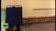 Greece: Former PM Antonis Samaras votes in bailout referendum