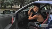 Nissan Gt-r срещу Mustang + готини момичета !