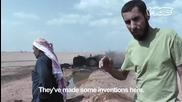 Незаконната петролни кладенци на Дейр ез-зор едни варят ракия а други по това време бензин като цяло