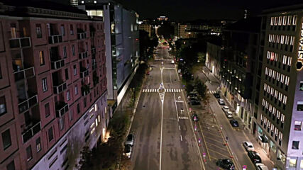 Italy: Drone captures deserted streets of Milan as nightly curfew enforced
