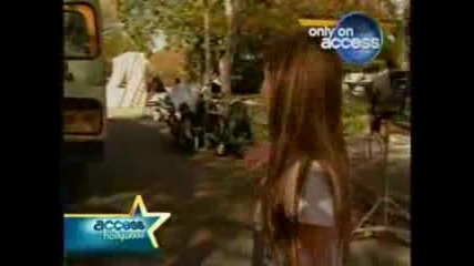 Acces Hollywood - Miley Cyrus