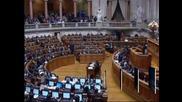 Парламентът в Португалия одобри бюджета за 2013 г.