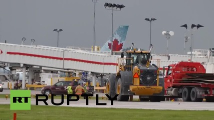 Canada: Boeing 737 slides off runway as it lands in Montreal