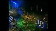 Преслава Получава награда заПесен На 2005 Година и изпълнението й на песента Дяволско желание на 4-ти годишни Музикални Нагр