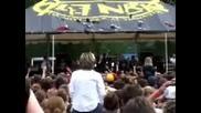 Good Charlotte, Mest - The Innocent (live)