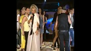 Андреа пее на наградите на фолк
