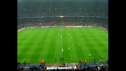 Луд фен на терена Barca - Real Madrid 03.05.2011г.
