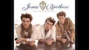 Jonas Brothers - Pushing Me Away