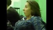 Студентка умира за сън - Cмях