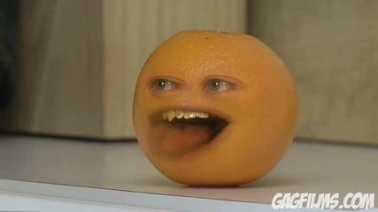 [hq] Портокал се подиграва на ябълка