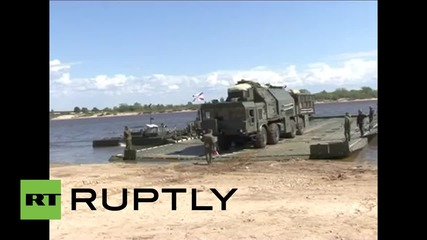 Russia: See Topol-M intercontinental ballistic missile in river crossing drills