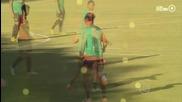 Роналдиньо с прекрасен финт на тренировка