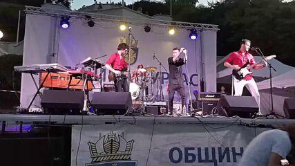 Джулай морнинг 2021 в Бургас. Група Billy Talent Tribute. ''River Below'' - Billy Talent (cover)