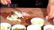 Рецепта за Свинско филе в було, пълнено с моцарела и каперси