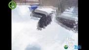 Хапни малко сняг !