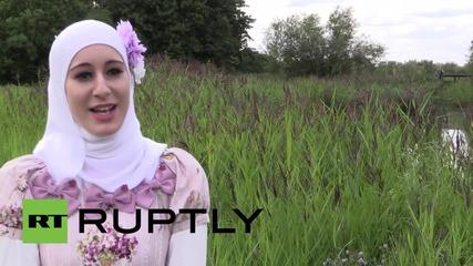 Великобритания: Запознайте се с Ноор Ал-Катан, първата в света ислямска Лолита