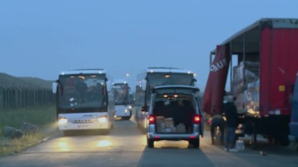 France: First bus with refugees departs from Calais 'Jungle' camp