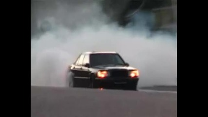 Mercedes 190e 3.6 Brabus Drifts & Burnout