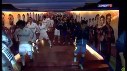 Вижте Уникалната Хореография на мача Барселона - Реал Мадрид (2-2) 07.10.2012