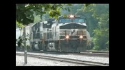 Sd60 And Dash 9 - 40cw