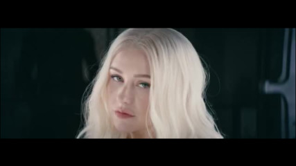 Christina Aguilera - Fall In Line ft. Demi Lovato