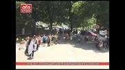 Пп Атака дари 3200 лв. за народни носии в село
