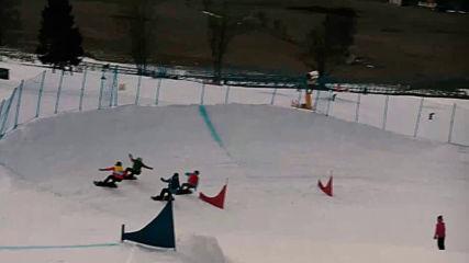 Млад сноуборд талант се цели във върховете, въпреки трудностите
