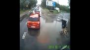 Мисли два пъти преди да минеш с колело през локва!!!