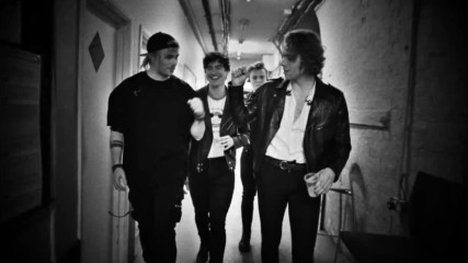 5 Seconds Of Summer - Youngblood (Оfficial video)