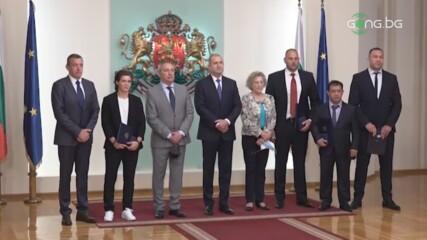 Радев удостои изявени български спортисти с Почетния знак на президента
