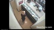 Опит за грабеж във бижутериен магазин