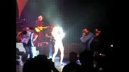 Hilary Duff - Live