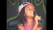 Малко дете пее песента на Alica Keys - No One