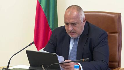 Борисов: Ваксинацията може да продължи с осигурените над 200 хил. дози ваксини