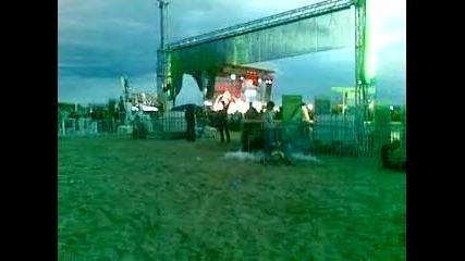 Armin Van Buuren Cacao Beach 2011 на сутринта