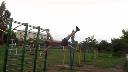 Едно от най -трудните силови упражнения в стрийт фитнеса