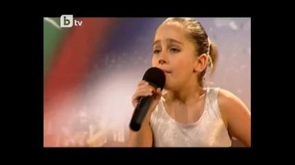 9 годишно момиче с изключителен глас пее страхотно - Бг търси талант